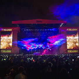 2014 Reading Festival - Queens Of The Stone Age on the main stage by Marc Sethi
