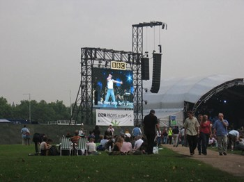Bbcpromsinthepark2005 Seta Magdat U Look You Are Not Tom Cruise And You Do Not Have A Fighter Jet