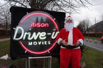 Christmas_drive_in_movies_loch_lomond_stewards_05.jpg