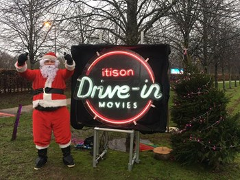 Christmas_drive_in_movies_loch_lomond_stewards_12.jpg