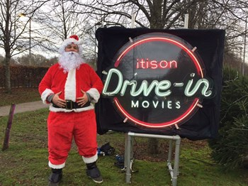 Christmas_drive_in_movies_loch_lomond_stewards_14.jpg