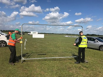 build_it_live_2017_waste_management_litter_picking_10.jpg